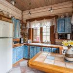 Керамическая плитка на полу в кухне шебби шик