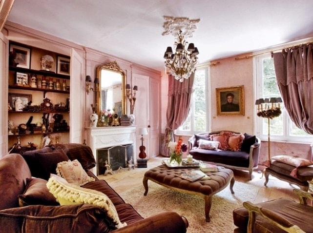 Романтизм в интерьере гостиной