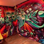граффити в квартире 10