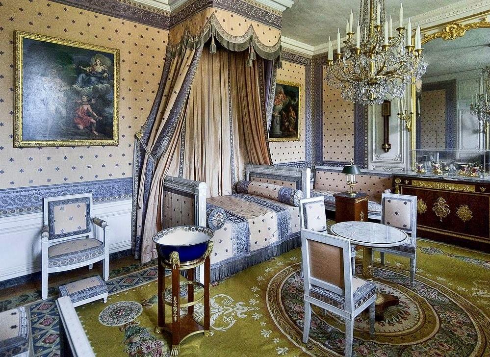 Стиль Версаль в интерьере - декор