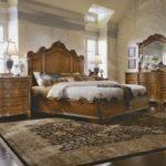Спальная в английском стиле фото