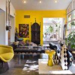 Интерьер современной гостиной в африканском стиле фото