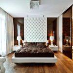 Мягкие панели в интерьере спальной комнаты