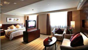 Визуальное разделение спальной и гостиной