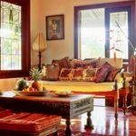 Оформление гостиной в индийском стиле