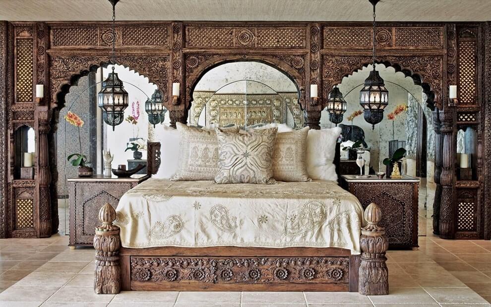 Мебель в индийском стиле - кровать