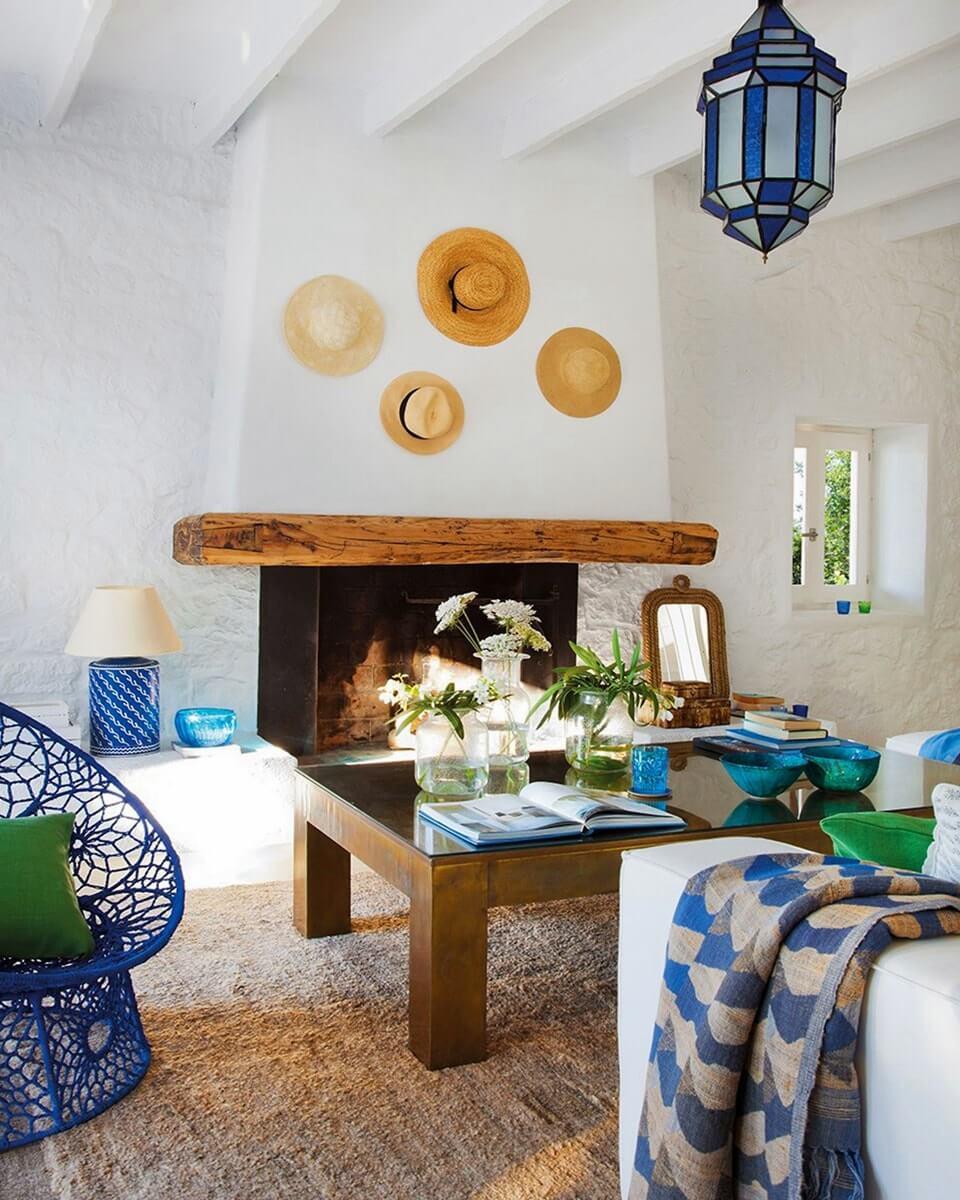 Оформление потолка в средиземноморском стиле