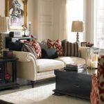 Мягкая мебель в колониальном стиле