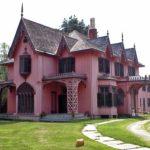 Загородный дом в готическом стиле