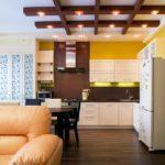 Декоративные балки в интерьере кухни