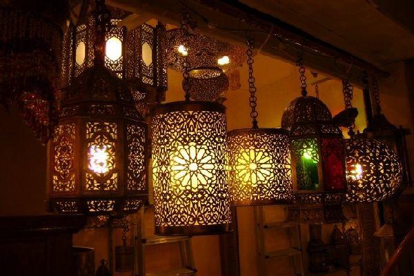 Арабский стиль в интерьере - свещение