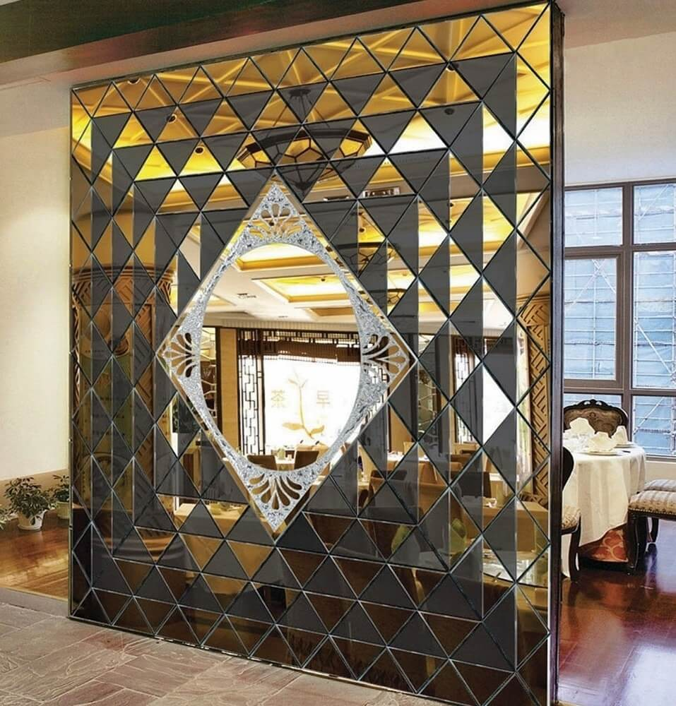 Зеркальные панели в интерьере