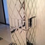 Оформление колонны зеркальной плиткой