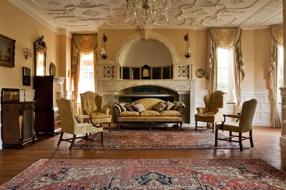 Потолок гостиной в итальянском стиле