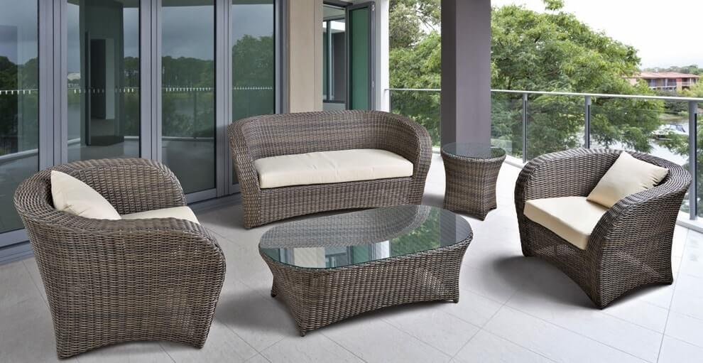 Садовая плетёная мебель