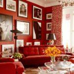 Красный цвет в интерьере гостиной комнаты
