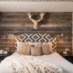 Оформление спальни в стиле рустик