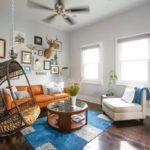 Плетеное подвесное кресло в интерьере