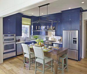 Цвет индиго в интерьере кухни