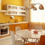 Кухня в теплой цветовой гамме
