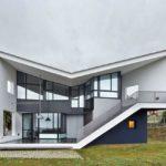 Загородный дом в стиле постмодернизм