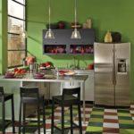 Современный дизайн кухни в зеленом цвете