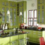 Кухня в зеленом цвете - фото