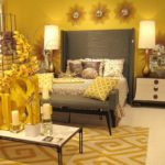 Стильная спальня в желтом цвете