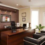 Коричневый цвет в интерьере домашнего кабинета