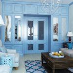 Шкаф голубого цвета в интерьере