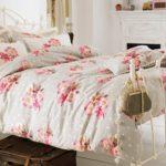 Кровать в стиле шебби шика