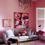 Дизайн гостиной в розовом цвете