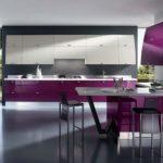 Фиолетовый на кухне - фото