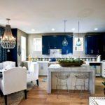 Оформление кухни в синем цвете, фото