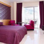 Фиолетовая спальня - фото