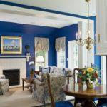 Интерьер гостиной в синих тонах - фото