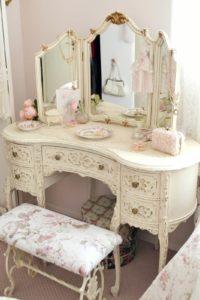 Мебель для спальни в стиле шебби шик