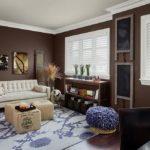 Стильная гостиная в коричневом цвете