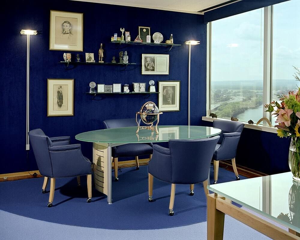 Интерьер рабочего кабинета в синем цвете