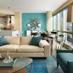 Голубой цвет в интерьере гостиной