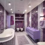 Стильное оформление ванной в сиреневых цветах