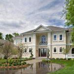 Резиденция в классическом стиле - фото