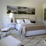 Триптих картина в интерьере спальни