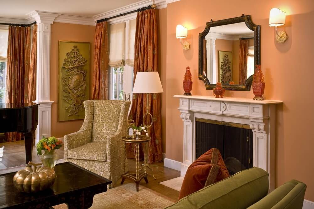 Персиковый цвет в классическом стиле интерьера