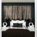 Картина - полиптих в спальне