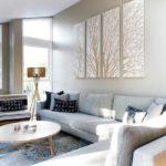 Картина - полиптих в интерьере гостиной