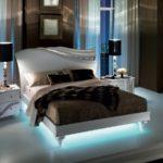 Кровать со светодиодной подсветкой - фото