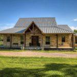 Старый дом в стиле ранчо