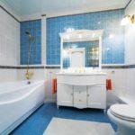 Дизайн ванной в голубом цвете - фото
