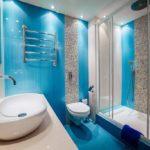 Голубой цвет в интерьере ванной - фото